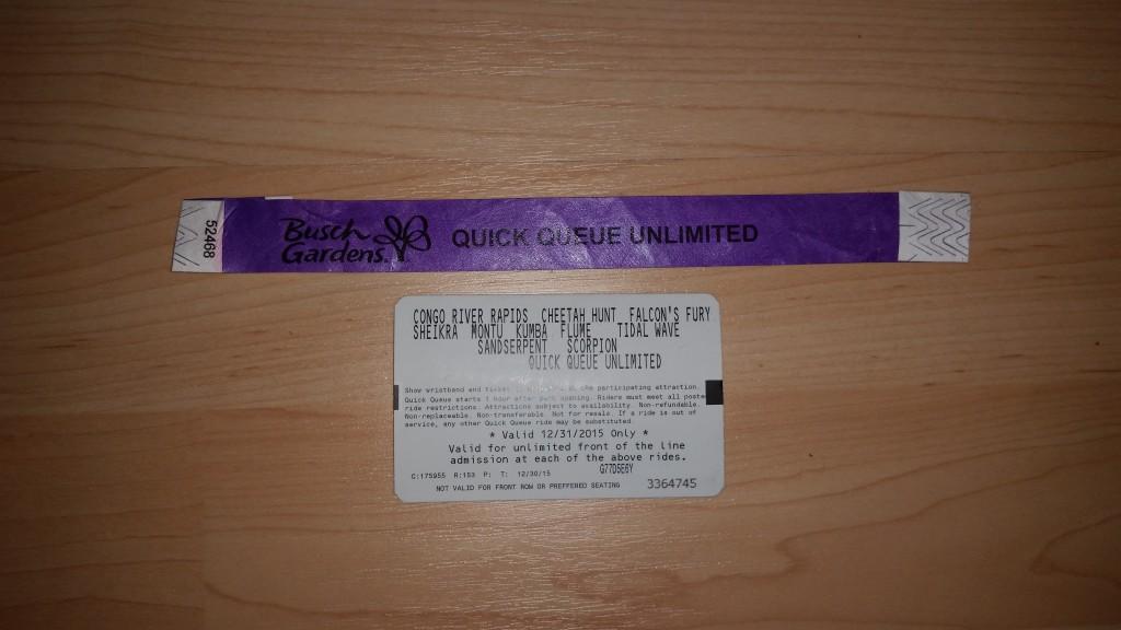 Das lila Armbändchen war für mich jeden einzelnen Cent wert...